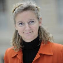 Amélie Breitburd, Directrice financière régionale et directrice business support et développement (BSD) d'AXA Asie à compter de mars 2015 - Carnet des décideurs de l'Argus de l'Assurance