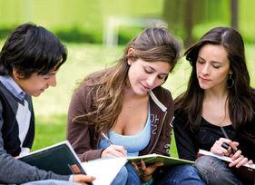 80 000 étudiants français partent chaque année se former à l'étranger. © Andres Rodriguez/ fotolia